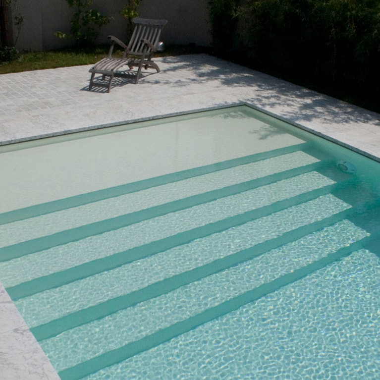 Ebenerdiger Pool Rosenheim